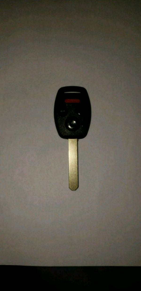 Acura brand new key with remot.  78443dce-9732-4d9a-a6b9-23ae0695226f
