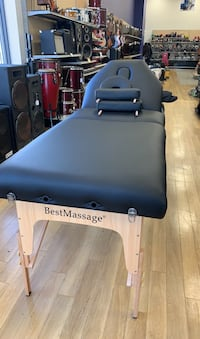 Massage table  Chattanooga, 37421