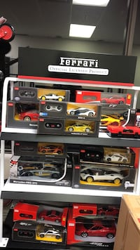 assorted die-cast car collection box lot Toronto, M1V 4S3