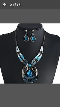 black and silver-colored chain necklace with blue gemstone pendant Dover, 19904