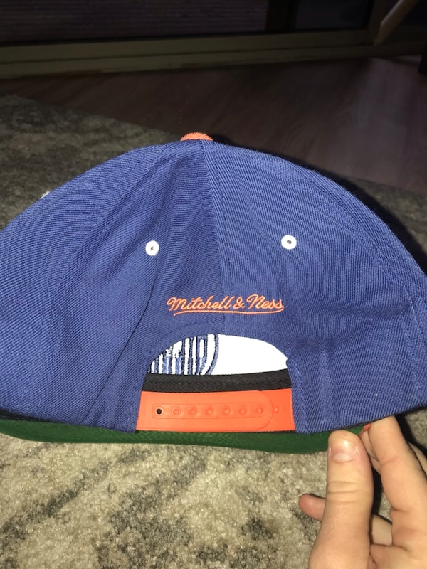 5be16a4d Used Mitchell & Ness Edmonton Oilers SnapBack for sale in Phoenix ...