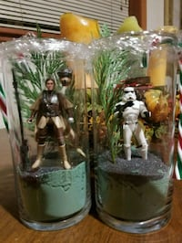 two Star Wars character action figures
