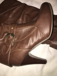 Brown Knee High Boots Guelph, N1L 1T4