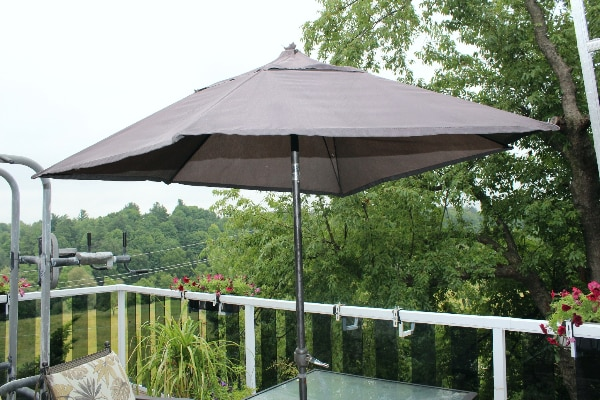 Used Umbrella Tent For Garden Table In Markham