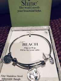 Adjustable beach bangle Silver Spring, 20904