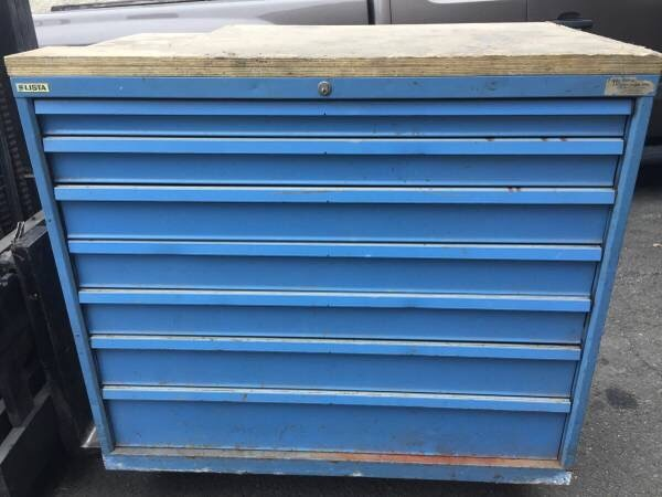 used lista tool box with keys. better than snap on. the drawers hold ...