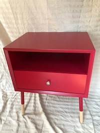 red and black wooden end table Lathrop, 95330