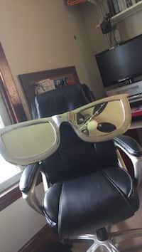 e3ed386768 Used Women s Prada Sunglasses for sale in Simcoe - letgo