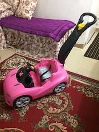 toddler's pink and black ride on toy car Reston, 20191