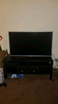 TV stand (not including the T.V.) Glendale, 91205