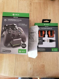 black Xbox One game controller with box Mesa, 85203