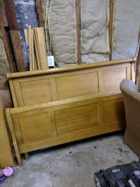 Queen Oak Bed Frame South Bend