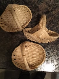 Set of three little baskets Lacey Township, 08731