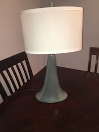 2 matching table lamps East Windsor, 08520