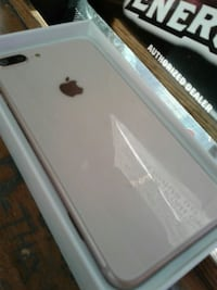IPhone 8 bran new in the box Surrey, V3T 1H9