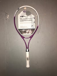 Brand new head tennis racket  New Westminster, V3L