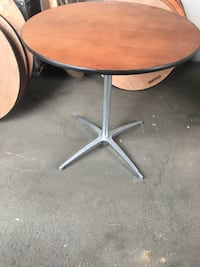 """12 pack cocktail tables 30""""round read below Burbank, 91505"""