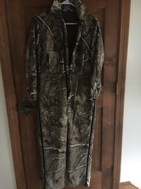 Red head youth size 14 hunter clothing