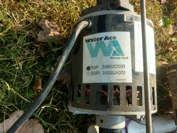 Used 2 sump pumps water ace/GE 50o b o for sale in