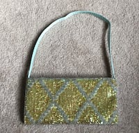 Small shoulder beaded purse  Somers, 10589