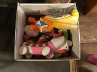Box of assorted battery operated toddler toys Berkeley Springs, 25411