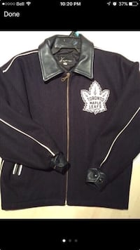 Toronto maple leafs jacket navy size medium youth Vaughan, L4L 6A9