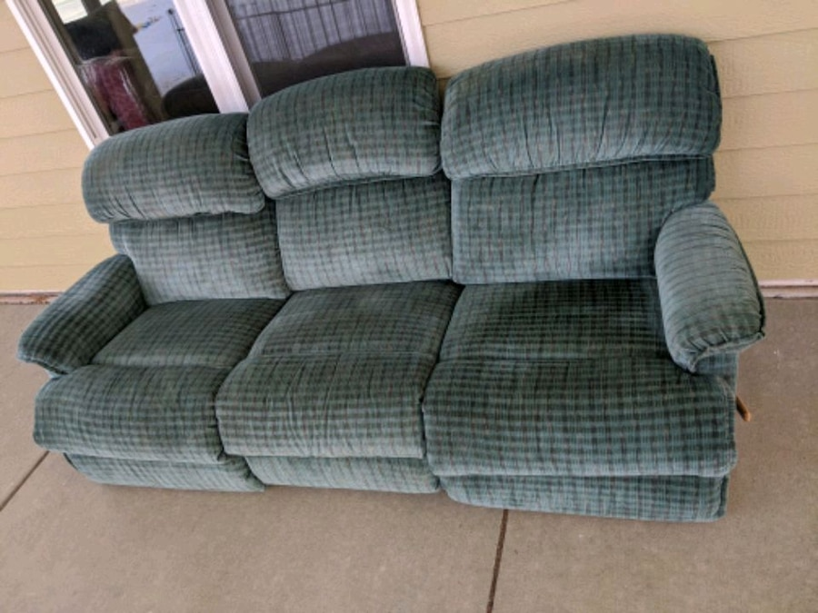 Photo Corduroy green couch