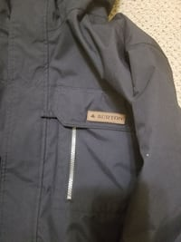 New Burton snowboarding jacket xl price is firm