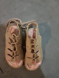 brown-pink-and-white floral leather open-toe sling