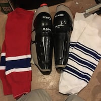Adult Hockey CCM shin/knee guard protector with socks $10 obo Mississauga, L5L 1G3