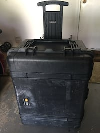Pelican Case, Used, No Foam - Cameras, Equipment, Tools - Cost More Elsewhere, Excellent Deal! Mary Esther, 32569