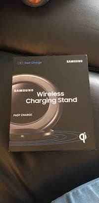 black Samsung wireless charging pad box Columbus, 43227