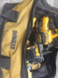 Dewalt cordless hand drill and impact wrench Houston, 77075