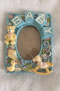 """Baby ceramic baby frame. Oval 3.5"""" by 4"""" Vaughan, L6A 2K4"""