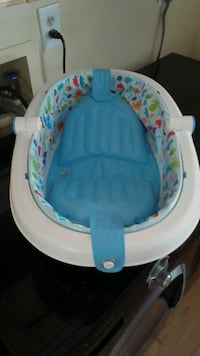 baby's white and blue bather Dumfries, 22025