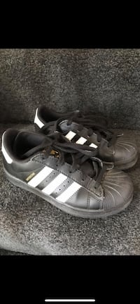 Kids adidas superstar size 12.5k great condition Chantilly, 20151
