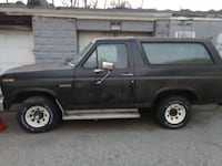 Ford - Bronco - 1984 (price reduced)