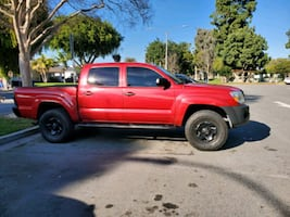 2011 Toyota Tacoma PreRunner Double Cab AT