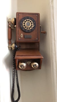 Antique Phone 43 km