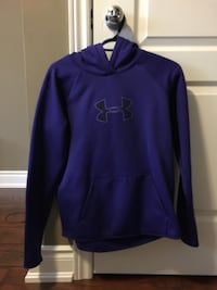 UNDER ARMOR SWEATER SIZE SMALL Barrie, L4N 0N9