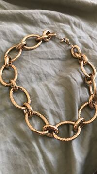 gold-colored chain link bracelet Henderson, 89074