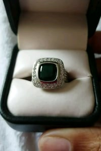 Size 6 Green Stonestyle cocktail ring 65 km