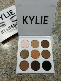 white 9-color Kylie eyeshadow palette with box Colton, 92324