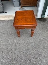 End table North Port, 34289