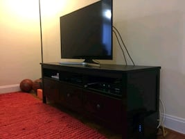 TV and TV bench