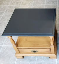Solid wood Roxton brand end/bed side table 3155 km