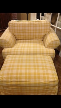 brown and white plaid sofa chair Denham Springs, 70726