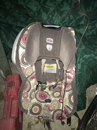 Baby's gray, white, red, and yellow britax car seat carrier New Florence, 15944