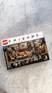 [BRAND NEW] LEGO FRIENDS CENTRAL PERK Vancouver, V6A 0H2