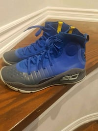 Under Armour Curry 4- Blue & yellow- Boys shoes